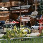 Вершина перевала Альп Д'Уэз - легенда французских велогонок